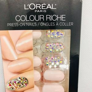L'Oreal Paris Colour Riche Press On Nails